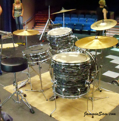 Photo of Andrew Hare's Pearl drums with 60's Black Oyster Pearl drum wrap (46)