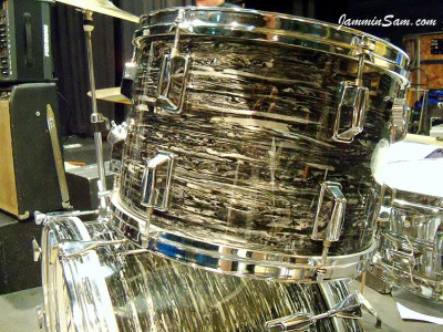 Photo of Andrew Hare's Pearl drums with 60's Black Oyster Pearl drum wrap (54)