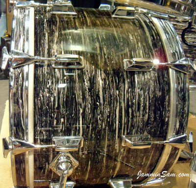 Photo of Andrew Hare's Pearl drums with 60's Black Oyster Pearl drum wrap (55)