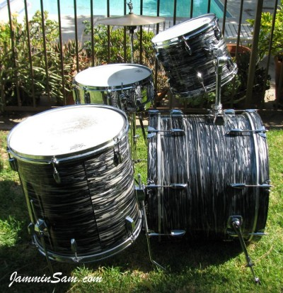 Photo of Chris Lammers' Pearl drumset with 60's Black Oyster Pearl (33)