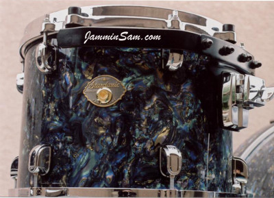 Photo of Stanley Farr's drums with Dark Abalone Pearl drum wrap (4)