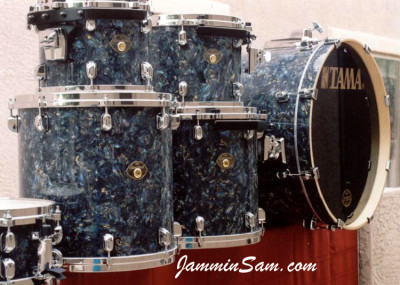 Photo of Stanley Farr's drums with Dark Abalone Pearl drum wrap (6)