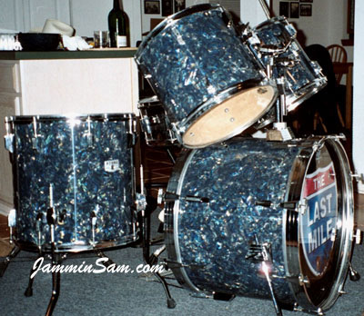 Photo of Kevin Seaner's Tama drums with Dark Abalone Pearl drum wrap