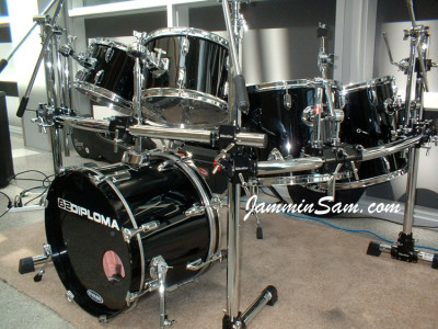 Photo of Dan Clayholt's Stewart drum set with JS Hi Gloss Black drum wrap
