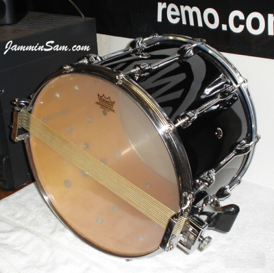 Photo of Michael Razo's Slingerland snare with JS Solid Black drum wrap (2)