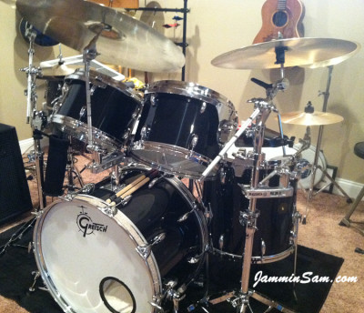 Photo of Raymond Toppi's Gretsch snare with JS Hi Gloss Black drum wrap (17)