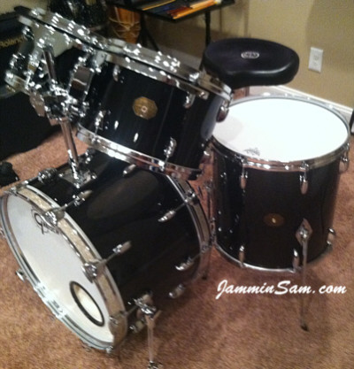 Photo of Raymond Toppi's Gretsch snare with JS Hi Gloss Black drum wrap (49)