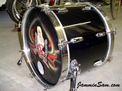 Photo of Steve Hemphill's Tama bass drum with JS Hi Gloss Black drum wrap (5)