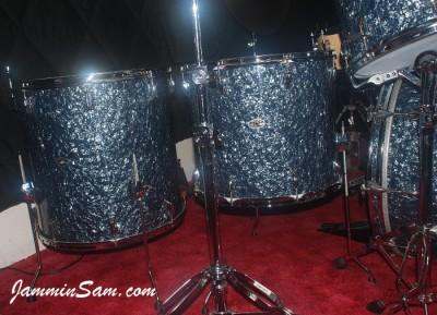 Photo of Mike Kells' Slingerland drums with Black Diamond Pearl (Old) drum wrap (55)
