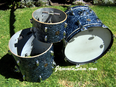 Photo of Matt North's Gretsch drums with Black Diamond Pearl (old) drum wrap (2)