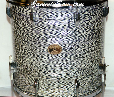 Photo of Marty Hall's Dorado drum set with Vintage Black Onyx Pearl drum wrap (3)