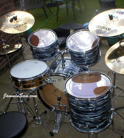 Photo of Geoff Marsh's Ludwig drums with Retro Black Oyster Pearl drum wrap (2)