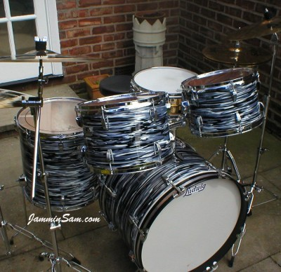 Photo of Geoff Marsh's Ludwig drums with Retro Black Oyster Pearl drum wrap (3)