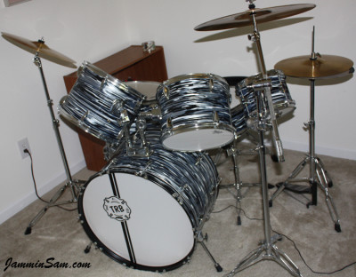 Photo of Tim Blaisdell's drum kit with Retro Black Oyster Pearl drum wrap (26)