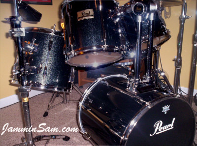 Photo of Randy Jones' Pearl drumset with Vintage Black Sparkle drum wrap (2)
