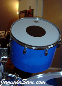 Photo of Michael Agbay's drum set with JS Hi Gloss Tropical Blue drum wrap (2)