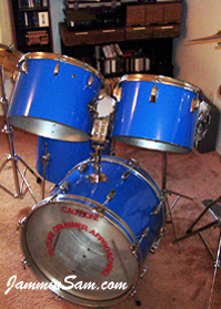 Photo of Michael Agbay's drum kit with JS Hi Gloss Tropical Blue drum wrap