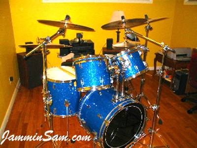 Photo of William Poplaski's drums with Blue Glass Glitter