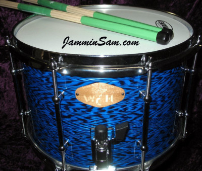 Photo of Paul Hunt's snare with Vintage Blue Onyx Pearl drum wrap (3)