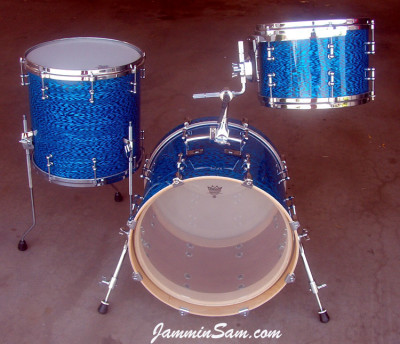 Photo of Rob Schuh's custom drums with Vintage Blue Onyx Pearl drum wrap (2)