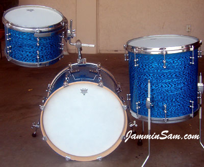Photo of Rob Schuh's custom drums with Vintage Blue Onyx Pearl drum wrap (4)