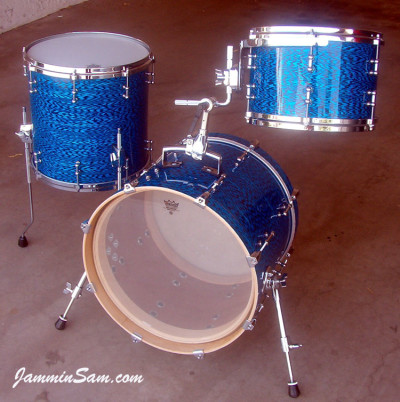 Photo of Rob Schuh's custom drums with Vintage Blue Onyx Pearl drum wrap (5)