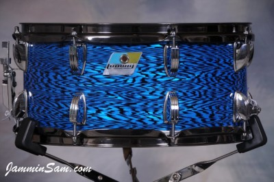 Photo of Tom Schlitter's Ludwig snare with Vintage Blue Onyx Pearl drum wrap (68)