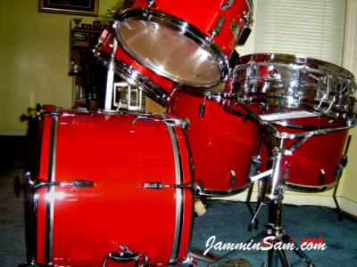 Photo of Byron Evans' Sonor Drums with JS Hi Gloss Bright Red drum wrap (4)