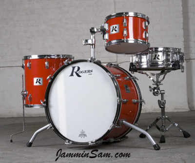 Photo of Jay Richmond's Rogers drums with JS Hi Gloss Bright Red drum wrap (1)