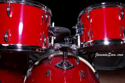 Photo of Terry Barcelona's 'almost goodwill' drums with new JS Hi Gloss Bright Red drum wrap (11)