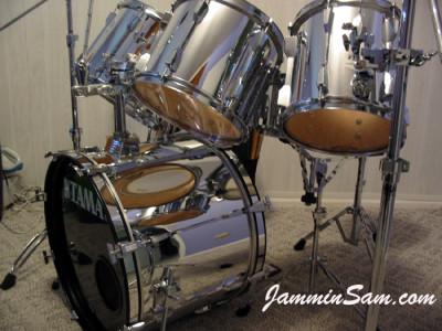Photo of Bill Wyatt's Tama drums with JS Mirror Chrome drum wrap (1)