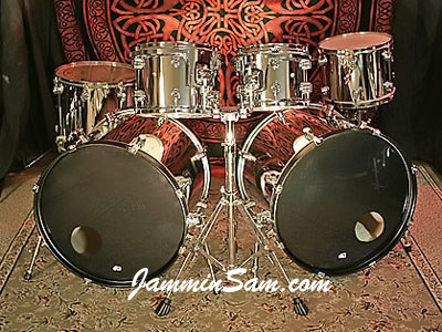 Photo of Chris Condon's Tama drumset with JS Mirror Chrome drum wrap (1)