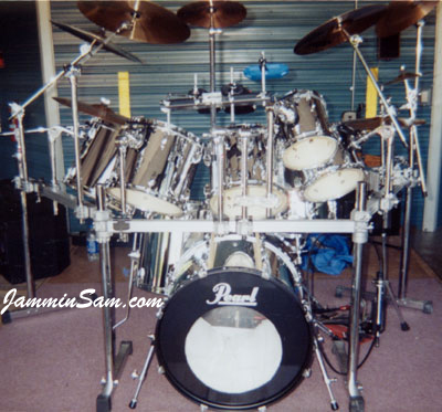 Photo of Clair Beeman's Pearl drum kit with Mirror Chrome drum wrap (3)