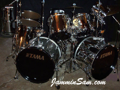 Photo of Jeff Peppin's Tama drums with Mirror Chrome drum wrap
