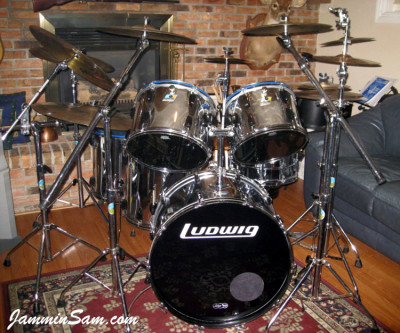 Photo of John Tomlin's Ludwig set with JS Mirror Chrome drum wrap (3)