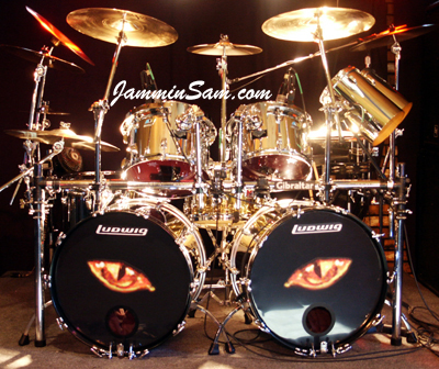 JS Mirror Chrome drum wrap on Rob King's Ludwig set (1)
