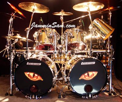 JS Mirror Chrome drum wrap on Rob King's Ludwig set (1)