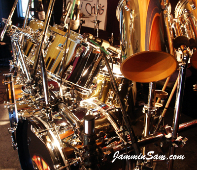 JS Mirror Chrome drum wrap on Rob King's Ludwig drum set (3)