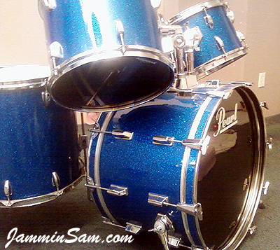 Photo of Mark Whitlow's Pearl drums with Deep Blue Glass Glitter drum wrap (29)