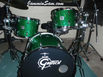 Photo of Brian DeGaetano's drums with Deep Green Glass Glitter drum wrap (4)