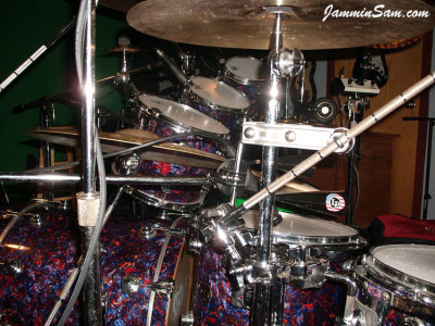 Photo of Phillip Fricks DW drum set with Electric Blue Pearl (21)