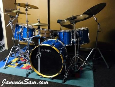 Photo of Glass Glitter Deep Blue drum wrap on a Tama set of drums from Pascal Devillers (1)