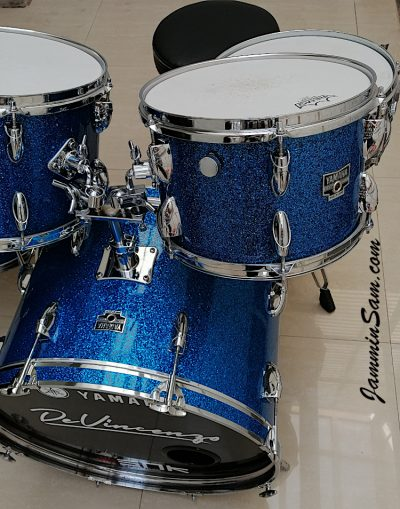 Photo of Miguel De Vincenzo's 1970's Yamaha drums with Deep Blue Glass Glitter drum covering (53)