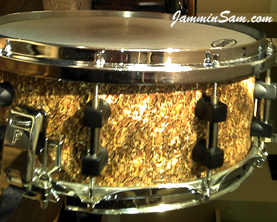Photo of Terry Johnson's snare with Golden Boa Pearl drum wrap (415)