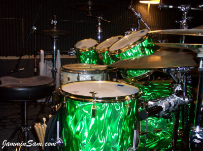 Photo of Garrett Lucht's drums with Green Satin (4)