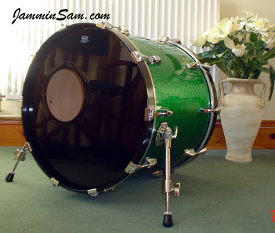 Photo of Ashley Bugler's Pork Pie drums with Vintage Green Sparkle drum wrap (1)