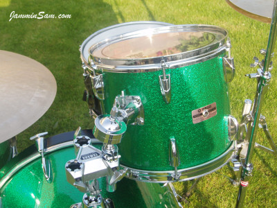 Photo of Paul Finlay's Yamaha drums with Green Vintage Sparkle drum wrap (29)
