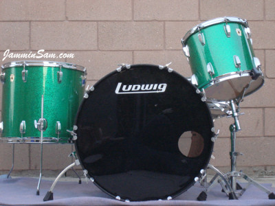 Photo of Robert Pritchard's Ludwig set with Vintage Green Sparkle drum wrap (9)