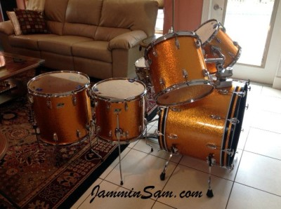 Photo of John Williams' drums with JS Sparkle Gold drum wrap (1)