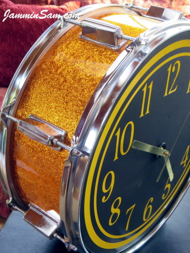 Photo of Lynn Easton's DrumClock with JS Sparkle Gold drum wrap (4)